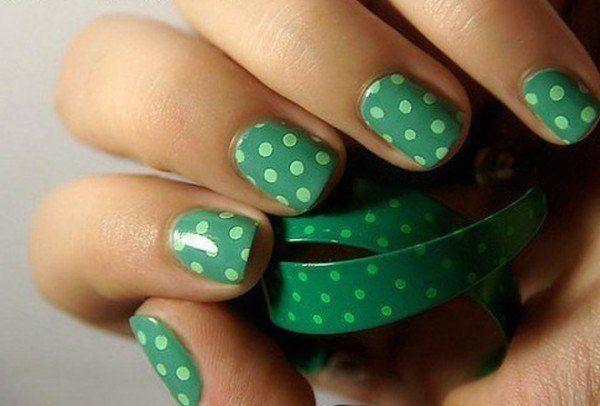 зелёные наклейки