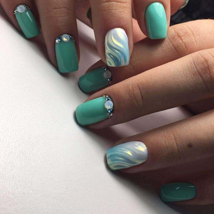 дизайн ногтей морская волна