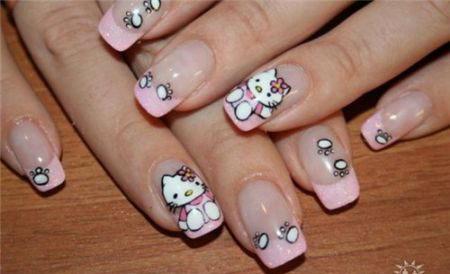 рисунок Hello Kitty на ногтях