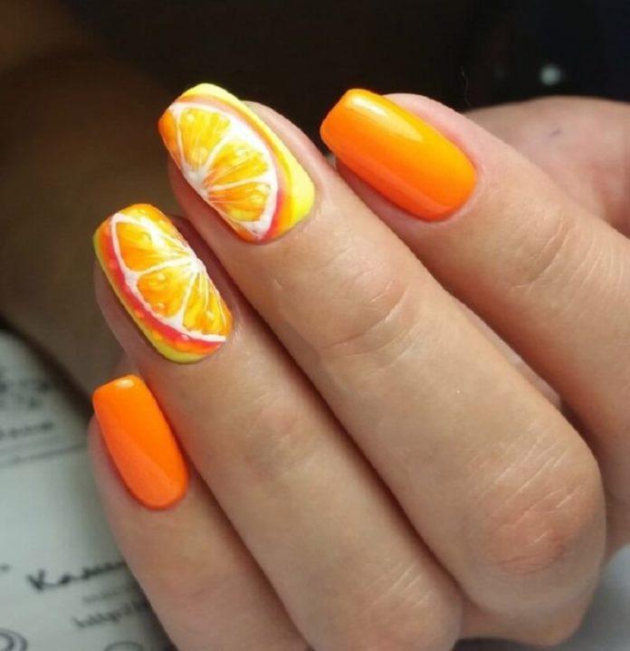 Апельсиновый маникюр