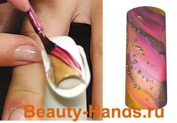 Рисунки на ногтях лаком - трехцветное покрытие