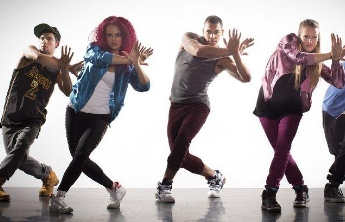 танцы девушек