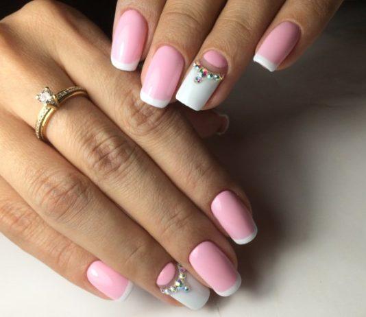 бело-розовый маникюр