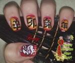 дизайн ногтей с иероглифами