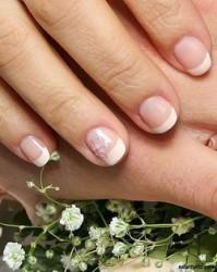 французский маникюр на коротких ногтях