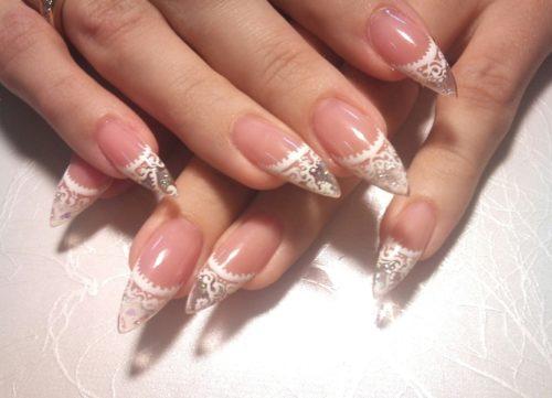 Полупрозрачные наращенные ногти