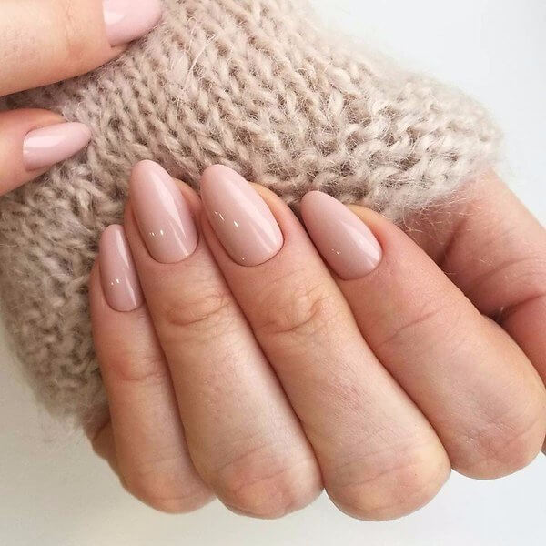 Процедуры для ухода за поврежденными ногтями