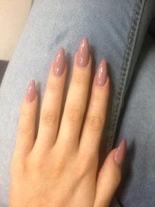 Уход за поврежденными ногтями